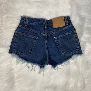 Levis high waisted shorts size 6